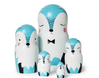 "Blue Fox Family, Nesting Dolls, 6,6"" 5 pcs"