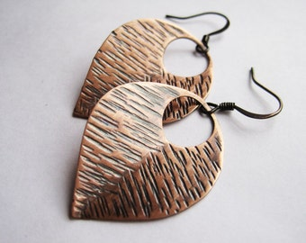 Nature Inspired Leaf Earrings, Rustic Earrings, Hammered Oxidized Copper Earrings, 7th Wedding Anniversary Gift