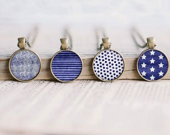 Cabochon Collage Sheet - Blue Stars and Stripes - Printable round image in 5 sizes