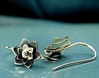 Sterling Silver Flower Earwires, Riveted Flower Earrings, 22.5x10x3.8mm, 1 PAIR, Oxidized and Bright Silver.