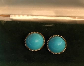 Vintage Retro Gold Tone and Blue Lucite Clip On Earrings