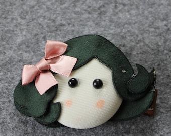 Small Barrette girl - Alligator Clip.