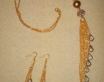 Raindrops Necklace & Earrings Set
