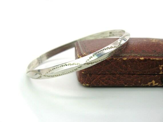 Vintage Navajo Carinated Sterling Silver Bangle Bracelet by Franklin & Verna Tahe