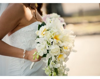 Wedding Charm Bracelet, Pearl Bracelet for the Bride, Bride Bracelet