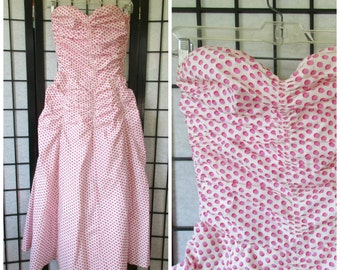 Vintage Strapless Gown 1940s 1950s Red Pink Ivory White Party Dress Formal Midi Maxi 30 Bust XXS XS Extra Small Petite Princess Ruching