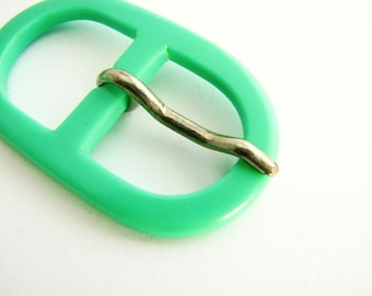 Pistachio green buckle, oval belt buckle made of plastic, for 2 cm belts, unused!!