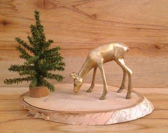 Vintage brass deer figurine - collectible figurine - brass figurine - woodland decor - cabin decor - brass decor - hunting lodge decor