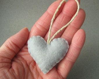 Filz Herzen Ornament recycelt, Silber grau Öko-grau
