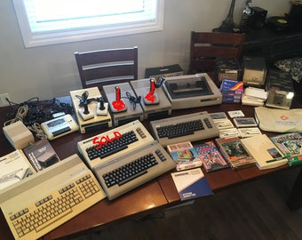 Vintage Commodore 64 Computer Lot.
