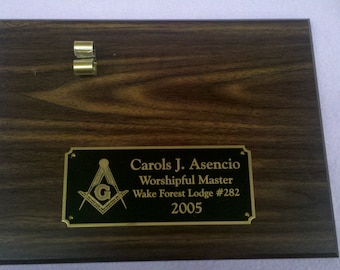 Masonic Walnut Finish Personalized 9 x 12  Plaque with Gavel Clip