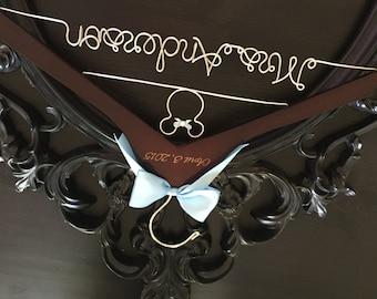 Disney Wedding / Disney Bride Hanger / Minnie Mouse Hanger / Wedding Hanger / Personalized Hanger / Bridal Hanger / Burned