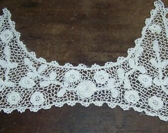 VINTAGE Irish Crochet Collar