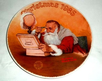 Knowles Norman Rockwell Collectors' Plate Grandpa Plays Santa 1985 Limited Edition Christmas Plate