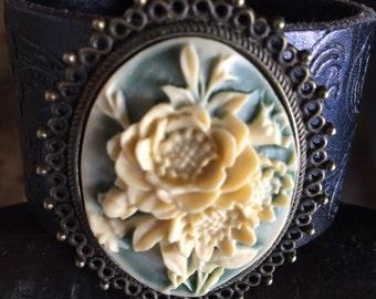 Cowgirl bracelet leather cuff, cowgirl bracelet, western jewelry, chunky bracelet, cameo bracelet , cameo jewelry, leather bracelet