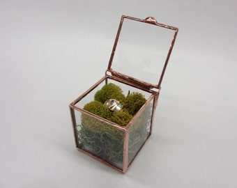 Tiny Jewel Ring Box - use to display your smallest treasures