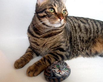 Custom Pet  Portrait,  Pet  Paintings on Rocks, Hand  painted Pet  Memorial Rock Art, painted animal rock, pet stone painting