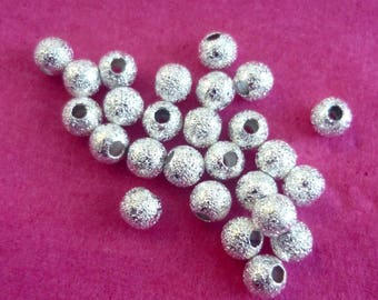 Set of 15 silver metal beads and textured 4mm