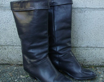 Vintage 1980s  Black Leather Slouch Heeled Boots size 7