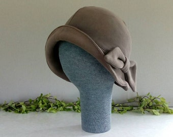 Chapeau cloche à bord doux chaud super - GRANDE - noeud!