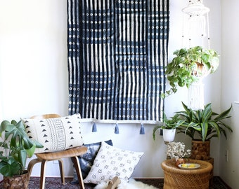 Indigo Stripes Wall Tapestry, Mudcloth Wall Art, Boho Wallhanging, African Textiles, Tie Dye Mudcloth, Tassel Tapestry, Bohemian Home Decor