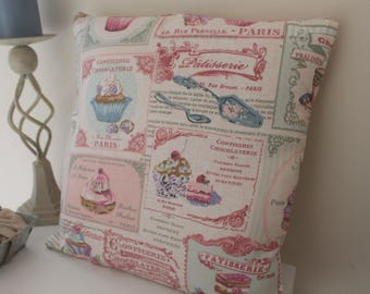 Cupcake pattern pillow cover