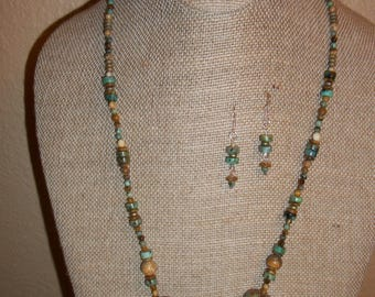 Turquoise Nugget necklace with earrings