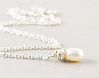 White Pearl Necklace, Single Pearl Drop, Freshwater Pearl Necklace, June Birthstone, Bridesmaid Gift