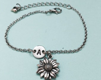 Daisy charm bracelet, daisy charm, flower bracelet, adjustable bracelet, initial bracelet, personalized bracelet, initial charm, monogram