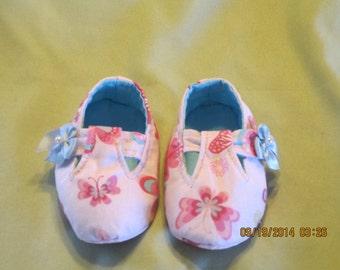 Girls Mary Jane Shoe Style Fabric Baby Booties: Item 0013