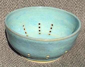 Colander or Fruit Bowl