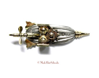 Time Drive Airship III brooch, imagine being propelled through the air BY TIME!  Perfect for Sci Fi geeks, Steampunks and physicists!