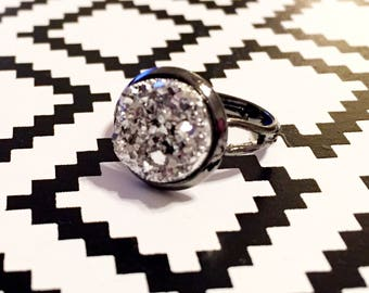 Silver Druzy Ring - Gunmetal Setting