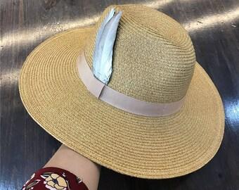 Feather hat in paragraph Beach hat The summer sun big brim hat Sun hat straw hat