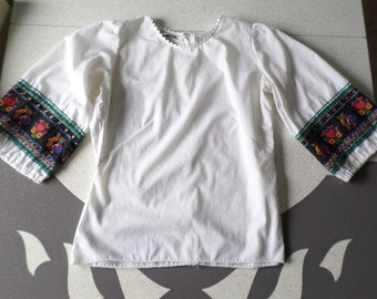 Swiss Miss - 1960's Rick Rack and Swiss Kids Cotton Blouse