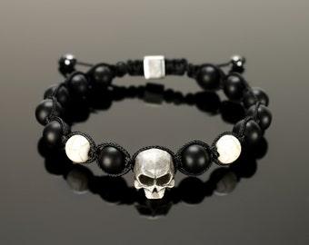 Black onyx bracelet - Black onyx jewelry for men. With microcord, 10 mm black onyx beads and big 15 mm skull!