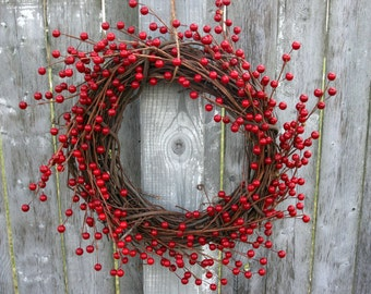 Red Berry Wreath - Natural grapevine