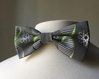 Green/Grey DNA bow tie, Mens bowtie
