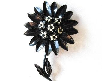Black Daisy Pin Brooch Vintage Flower Jewelry