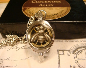 Silver Bee With Watch Part Gears in Upcycled Watch Case Steampunk Necklace (1730)