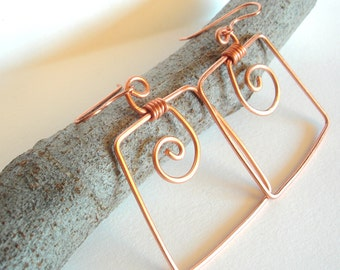 Geometric copper earrings. Square earrings with spiral.Metal hammered earrings.
