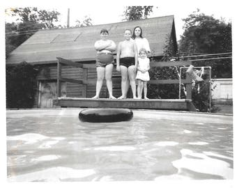 """Vintage Photo """"Right Before The Big Splash"""" Kids Contemplate Tire Ring Float In Pool Polaroid Black & White Found Vernacular Photo"""