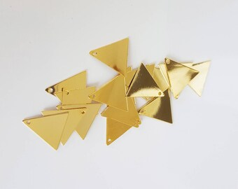 4 end 14 mm gold plated triangle charms