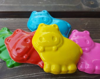 Hippo Crayons set of 20 - Hippo Party Favors - Hippo Birthday - Hippo Party - Hippo Crayons - Shaped Crayons - Classroom Favors - Gifts