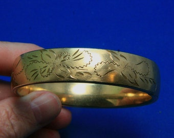 Vintage Crafmere 12k Gold Gilled Floral Hinged Bangle Bracelet
