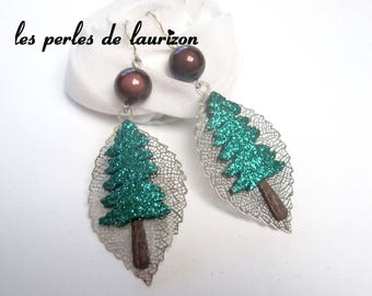 These earrings sparkly pretty tree