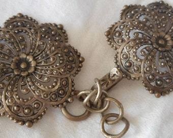VINTAGE Pierced Metal Flower Hook & Eye Clasp Buckle