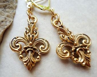 Gold Fleur De Lis Dangle Earrings, Metal Earrings.Gold.Silver.Paris.Art.Dainty Earrings.Statement.Bridal. Drop Earrings. Handmade.