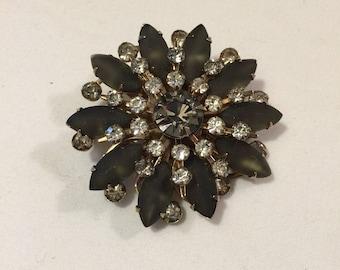 Vintage Cathe gray stone starburst pin - vintage costume jewelry - mid century jewelry - vintage Cathe brooch - gray rhinestones