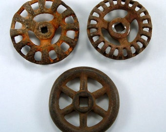Three Vintage Faucet Handles, Rusty Water Spigot Handles, Garden Valves, Fall Autumn Decor